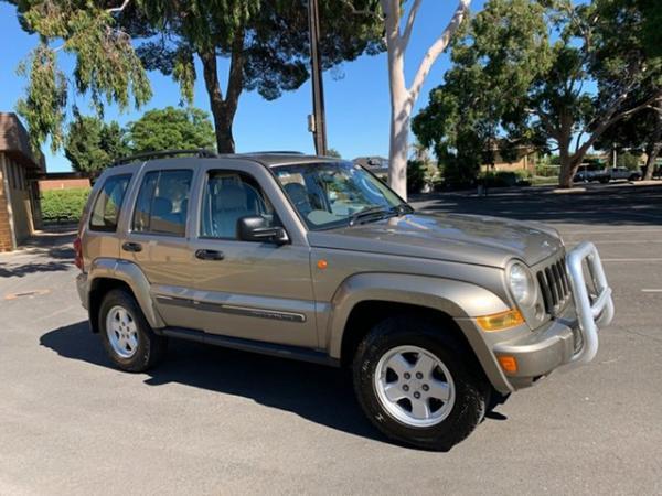 2007 Jeep Cherokee Sport