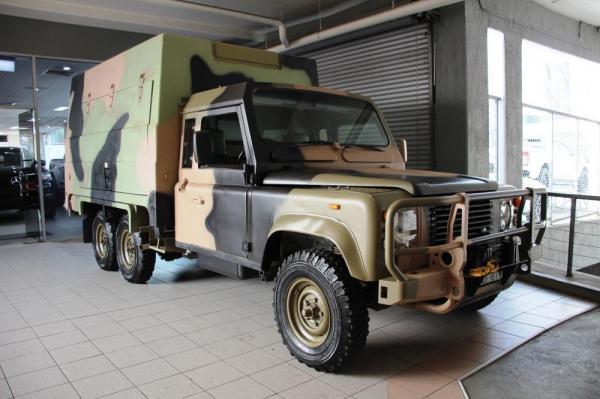 1990 Land Rover 110  6X6