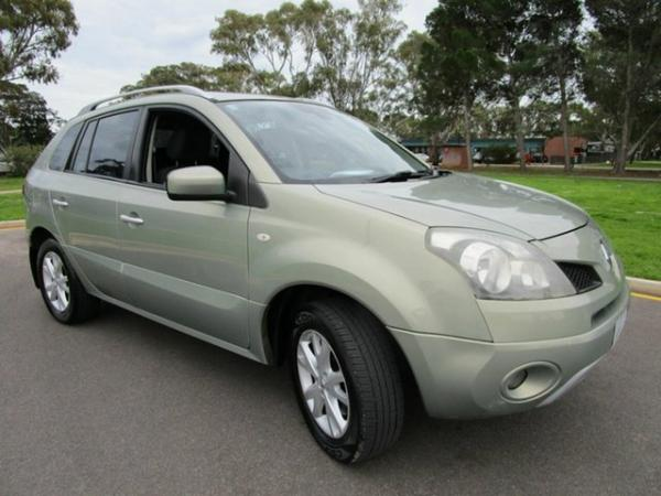2009 Renault Koleos H45 Dynamique (4x2) Green Continuous Variable
