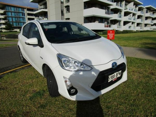 2015 Toyota Prius ZVW30R MY12 Hybrid White Continuous Variable