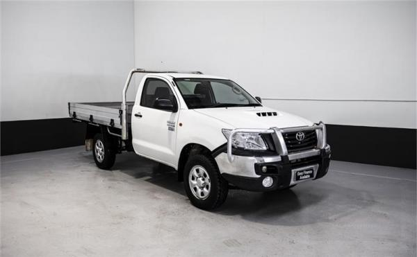2013 TOYOTA HILUX C CHAS WORKMATE (4x4) KUN26R MY12