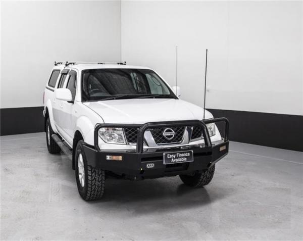 2011 NISSAN NAVARA DUAL CAB P UP ST (4x4) D40