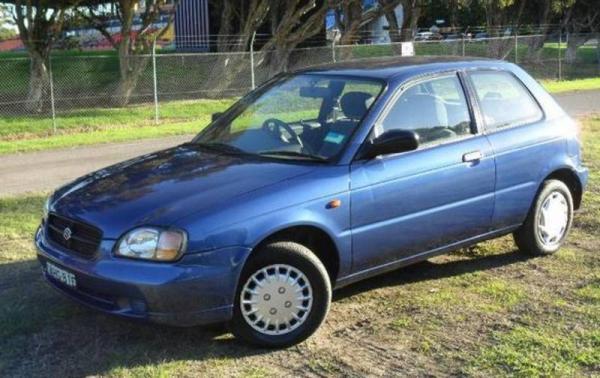 2000 Suzuki baleno