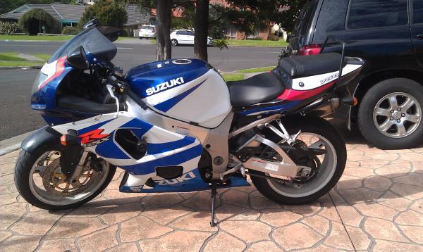 2000 Suzuki GSXR - 750