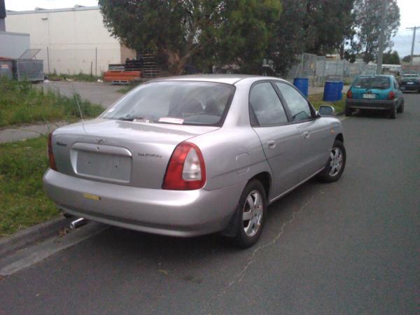 1997 Daewoo nubira