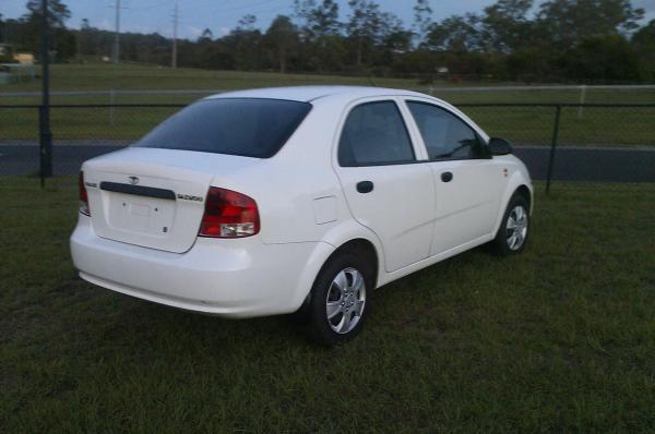2004 Daewoo kalos sedan kalos